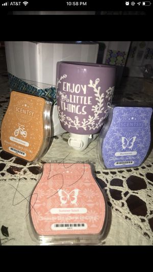 New scentsy for Sale in Tulare, CA