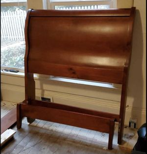 Twin Sleighed Bed Frame - Cherry for Sale in Monroe, WA