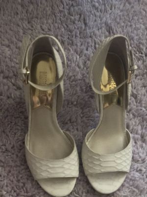 Michael Kors Size 7.5 for Sale in San Jacinto, CA