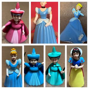 Disney Princess Mini Figurines and Dollhouse Accessories for Sale in Kissimmee, FL