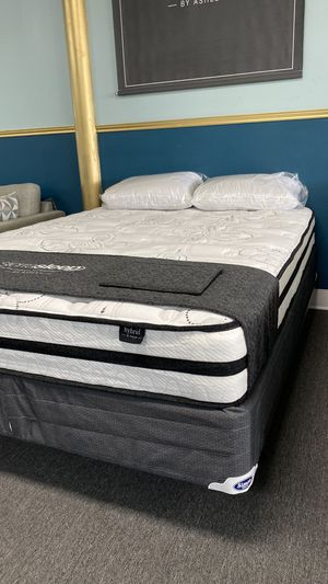 Queen Hybrid Foam Mattress Available today FINANCE NO CREDIT NEEDED 73G7 for Sale in Irving, TX