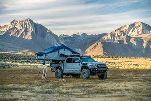 Roam Roof VagaBond Roof Top Tent for Sale in Tempe, AZ