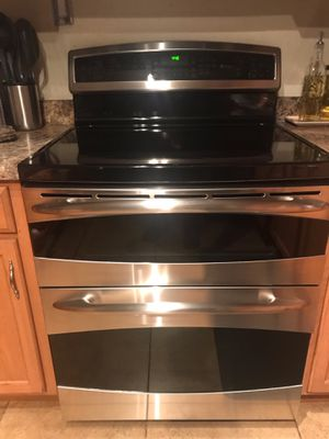 Ge profile Double oven Touch Control Convectional Oven for Sale in Phoenix, AZ