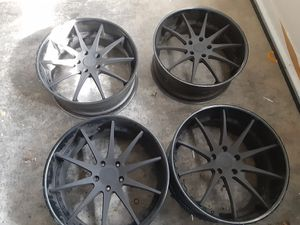 """Avants Garde 22"""" Staggered Rims-$100(GRANTS PASS) for Sale in Grants Pass, OR"""