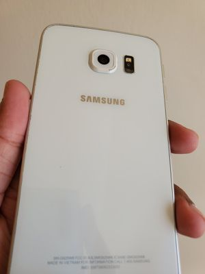 Samsung Galaxy S6 Edge, Factory Unlocked phone,works perfectly, Excellent condition like new for Sale in Springfield, VA