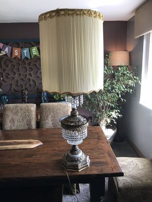 Antique lamp for Sale in West Mifflin, PA