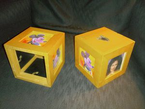 Photo cube frame for Sale in Bartonville, IL