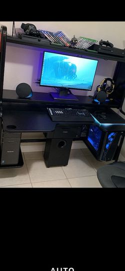 Computer Desk/Table for Sale in Tampa,  FL