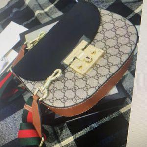 Gucci Crossbody Messenger Bag Purse for Sale in Monrovia, CA