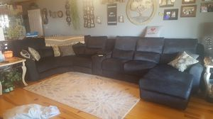 Southern Motion 7 Pc Sectional Sofa furniture for Sale in Marion, KY