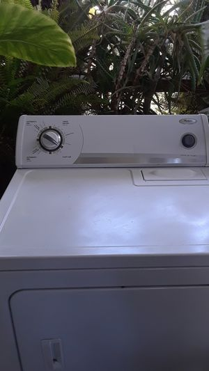 Washer.whirlpool.havy.super. for Sale in Fresno, CA