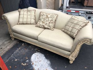 Couch sofa for Sale in Hollywood, FL