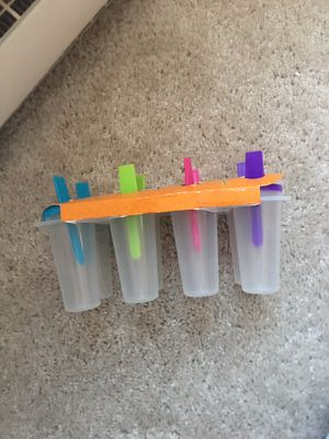 8 Ct ice pop tray for Sale in Cleveland, OH