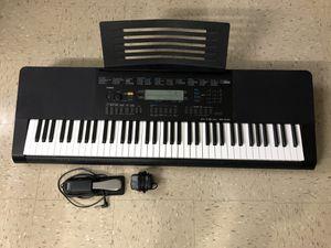 Casio Piano wk 245 for Sale in Brooklyn, NY