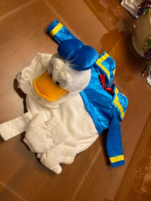 Donald Duck Costume Size 12-18 for Sale in Huntington Park, CA