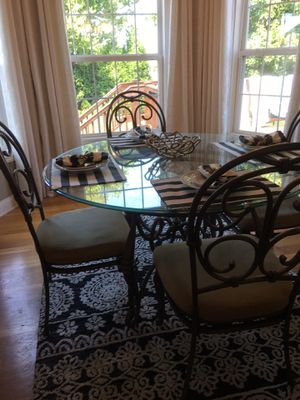 Dining table and 4 chairs for Sale in Versailles, KY