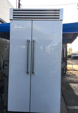 "Viking Professional 42"" Built In Fridge for Sale in Walnut, CA"