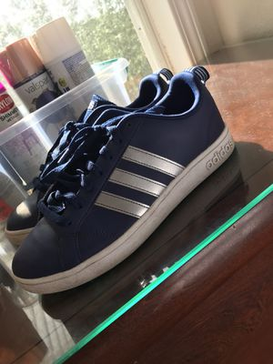 Boys adidas shoes size 7.5 for Sale in Kissimmee, FL