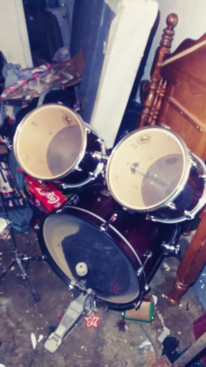 Pearl 4 piece drum set for Sale in Ross, OH