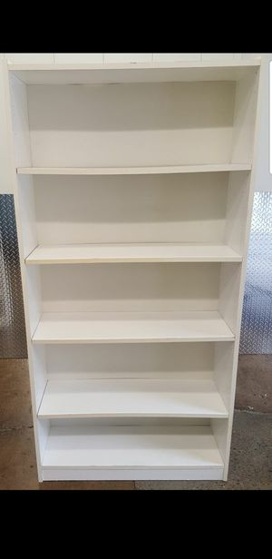 White 5 Shelf Adjustable Bookcase for Sale in Revere, MA