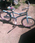 "Kent,20"" girls bike,special seat,coaster brakes,rides good. for Sale in Warren, MI"