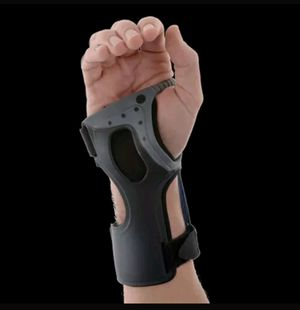 OSSUR Wrist Support Exoform Carpal Tunnel Arthritis Tendonitis Wrist for Sale in Alexandria, VA