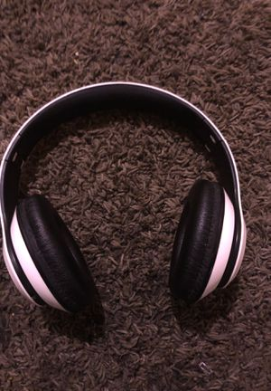 Bluetooth headphones for Sale in Oxon Hill, MD