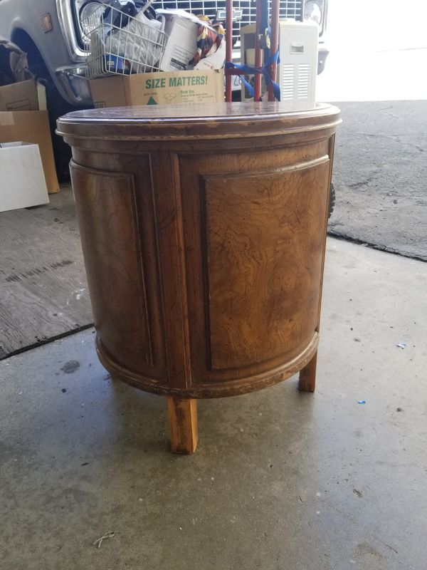 FREE end table/night stand