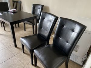 Silla de comedor for Sale in Fort Lauderdale, FL