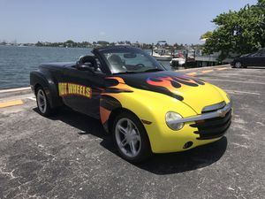 2004 Chevy SSR for Sale in Miami, FL