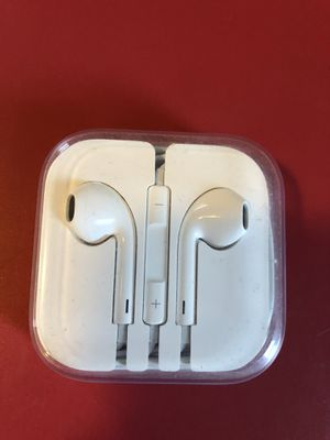 Apple wire headphone for Sale in Alsip, IL