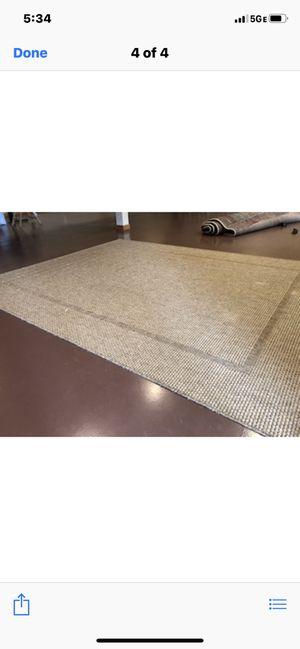 9 ft 10 in by 7 ft 10 in indoor/outdoor rug. for Sale in Lexington, KY