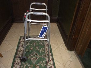 Adjustable walker with wheels. for Sale in Columbus, OH