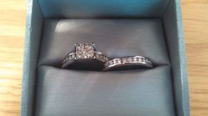 Engagement ring and wedding band for Sale in Fairfax, VA
