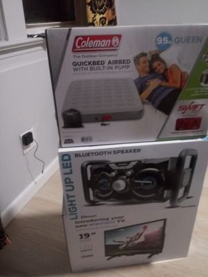 In box Coleman air mattress for Sale in Staten Island, NY