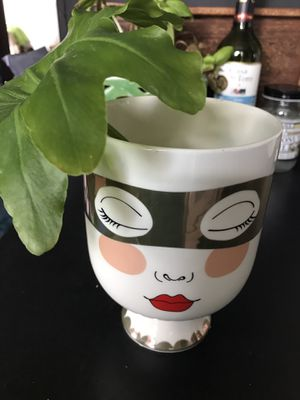 Flower Pot Vase for Sale in Queens, NY