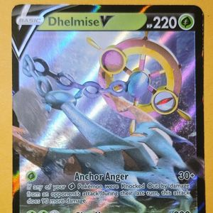 Delmise V 009/202 Holo Foil for Sale in Clanton, AL