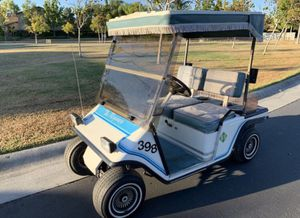 Melex Electric Golf Cart in great condition for Sale in Riverside, CA
