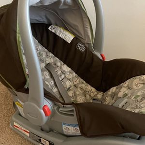 Gravo Car Seat And Base for Sale in Norcross, GA