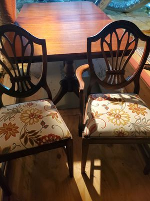 Antique Dining Room Set for Sale in Perry, GA
