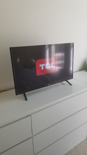 (MUST GO) TV 32-Inch 720p LED HD for Sale in Los Angeles, CA