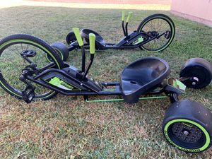 2 Green Trikes Like New Only $35 EACH!! 👍🏻👍🏻 for Sale in Downey, CA