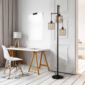 Piper 3 light floor lamp for Sale in Los Angeles, CA