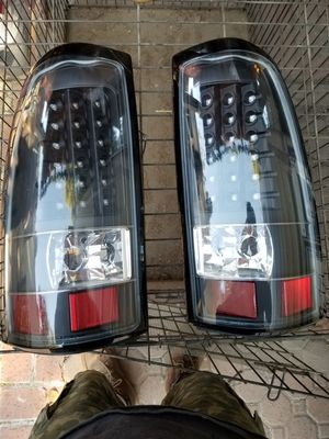 Chevy silverado 2000 to 2006 tail lights for Sale in El Monte, CA