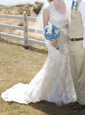 Maggie Sottero Wedding Gown Bronwyn for Sale in Wilsonville, OR