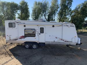 2010 240flb keystone energy toy hauler for Sale in Beaumont, CA