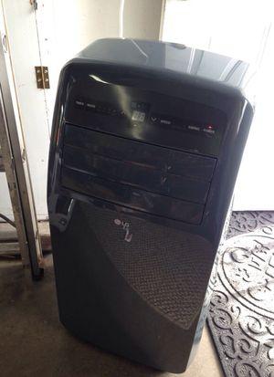 air conditioner lg 12,000 btu for Sale in Portland, OR