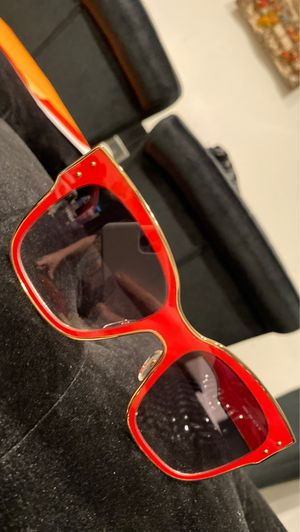 Moschino red sunglasses for Sale in Glendale, CA