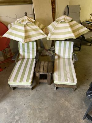 Kids lounge chairs with umbrellas for Sale in Matawan, NJ
