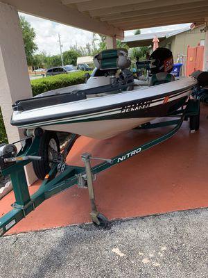Nitro 640 Bass Boat for Sale in Lauderdale Lakes, FL
